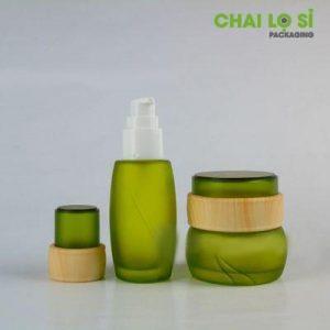 bộ 3 lọ mỹ phẩm thủy tinh xanh lá vân gỗ