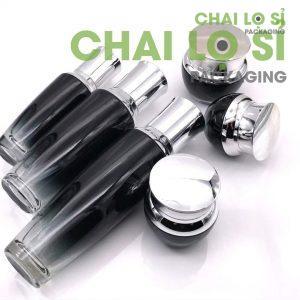bộ mỹ phẩm thủy tinh đen nắp bạc