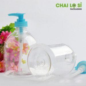 chai sữa tắm nhựa trong kết hợp vòi màu xanh