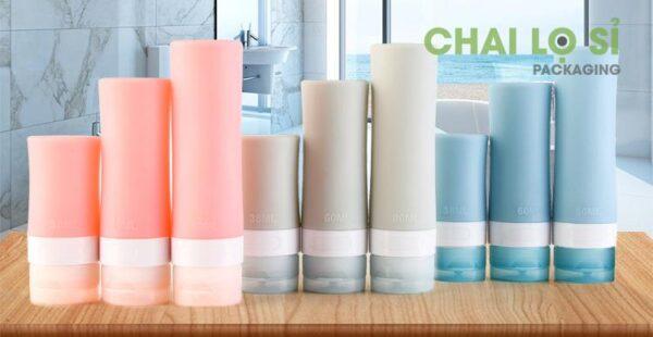 chai-my-pham-silicone-xanh-hong-xam