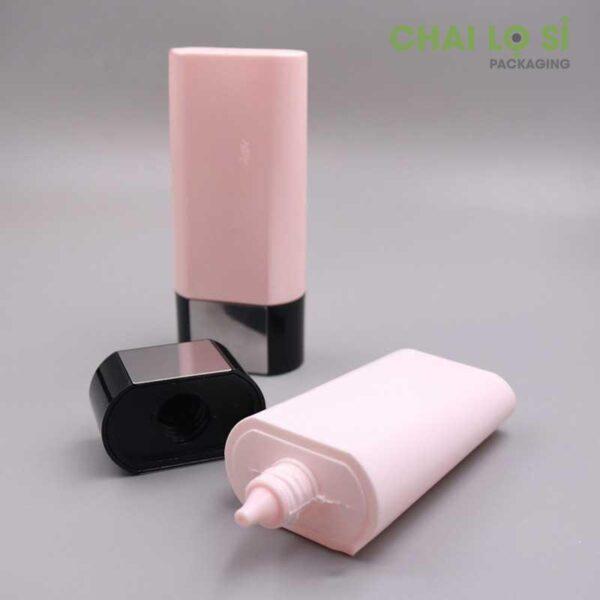 Chai nhựa 50g thon dài đựng kem chống nắng đế ngược