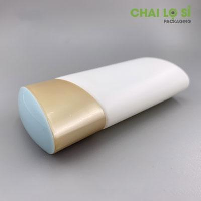 chai-nhua-nap-vang-nghieng-anessa-60ml-3