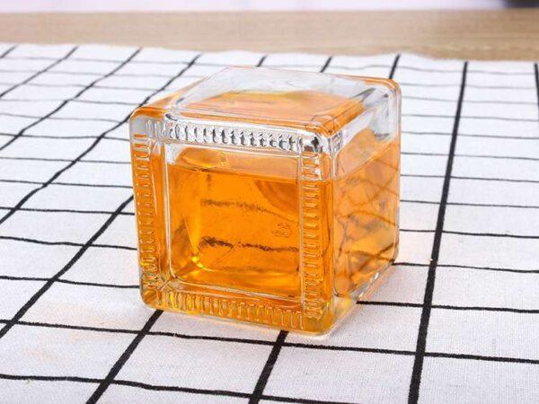 Chai vuông thủy tinh đựng nước hoa 50ml 100ml 150ml 200ml